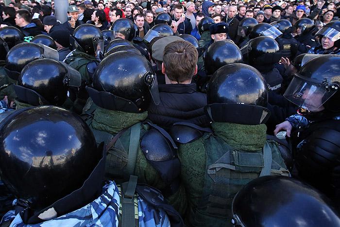 СКРФ возбудил дело пофакту призыва кмассовым беспорядкам в столице России