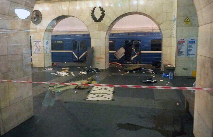Возбуждено дело постатье «теракт» после взрыва вПетербурге— СКРФ