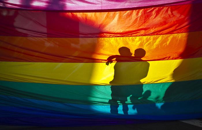 Amnesty International потребовала проверить сообщения опритеснении геев вЧечне
