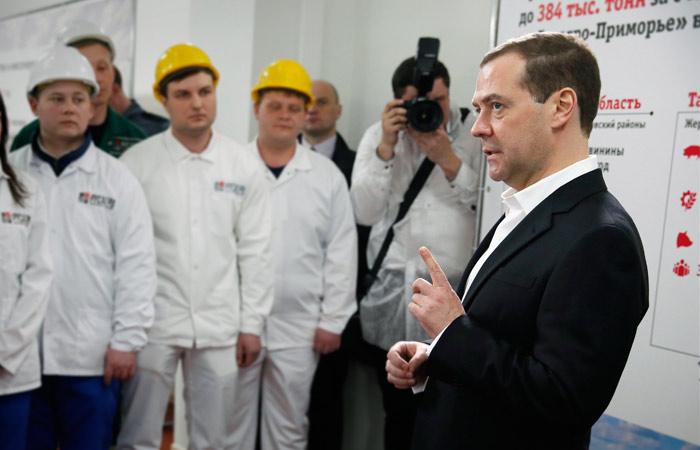 Медведев впервые прокомментировал протестные акции