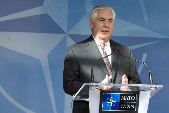 Тиллерсон раскритиковал поддержку Асада Москвой