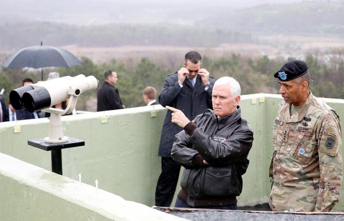 Пенс объявил  о«решительном настрое» США поотношению кКНДР