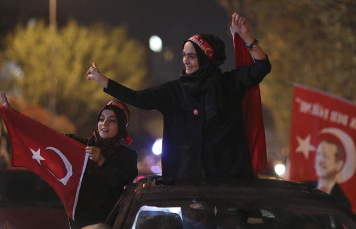 ЦИК Турции подтвердил положительный итог референдума об изменении конституции