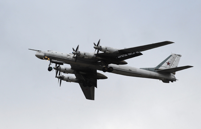 Стратегические бомбардировщики РФ успешно выполнили патрулирование над Тихим океаном