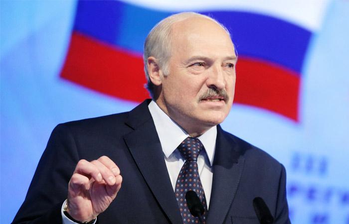 Лукашенко исключил отказ от русского языка в Белоруссии