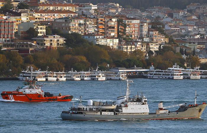 """Черноморский Флот потерял разведывательный корабль """"Лиман""""."""