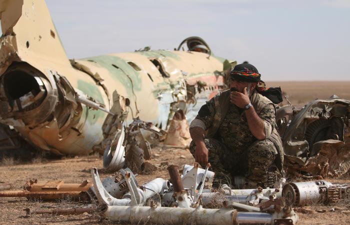 США поставят сирийским курдам оружие для захвата Ракки