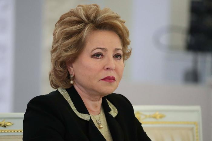 Матвиенко призвала запретить использование символов Победы в рекламе