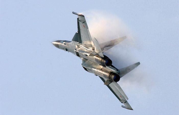 Минобороны РФ прокомментировало сближение российского Су-30 с самолетом США