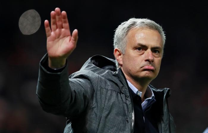 'Манчестер Юнайтед и'Аякс вышли в финал Лиги Европы УЕФА