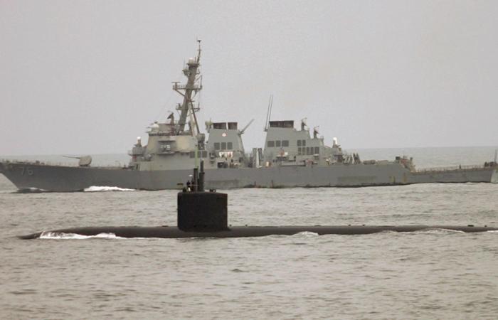 """США перебросили к берегам Японии еще одну ударную подлодку с """"Томагавками"""""""