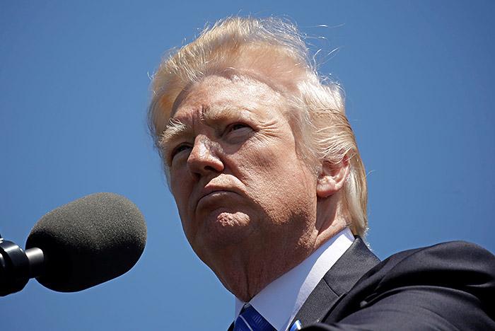 Трамп: яимею полное право делиться сРоссией информацией