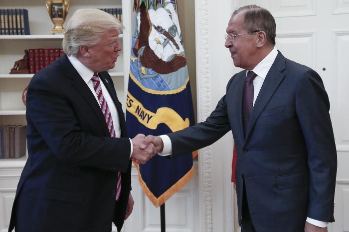 СМИ сообщили о передаче Трампом секретных данных Лаврову