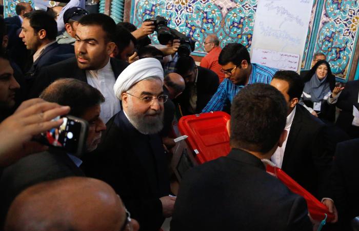 Действующий президент Ирана лидирует на выборах
