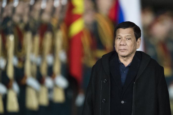 Президент Филиппин сократит визит в Россию