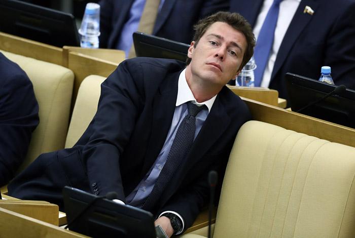 Марат Сафин решил сложить депутатские полномочия