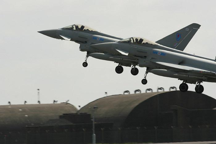 Британские истребители поднимались по тревоге из-за самолетов ВКС РФ