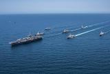 США направили очередной авианосец для сдерживания КНДР
