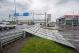 Более тысячи спасателей привлечены к ликвидации последствий урагана в Москве