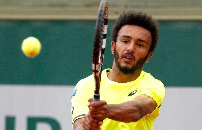 Теннисиста выгнали стурнира заприставания кжурналистке