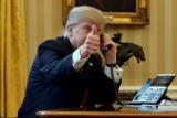 Трамп призвал мировых лидеров звонить ему на мобильный телефон