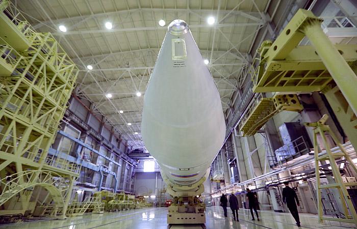 """Рогозин сообщил о запланированном на 2021 год старте ракеты """"Ангара А5М"""""""