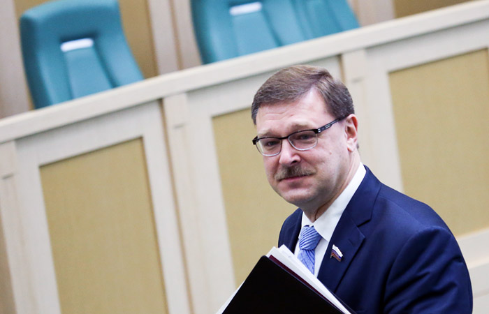 В Совфеде задумались о создании комиссии по борьбе с вмешательством Запада в дела РФ