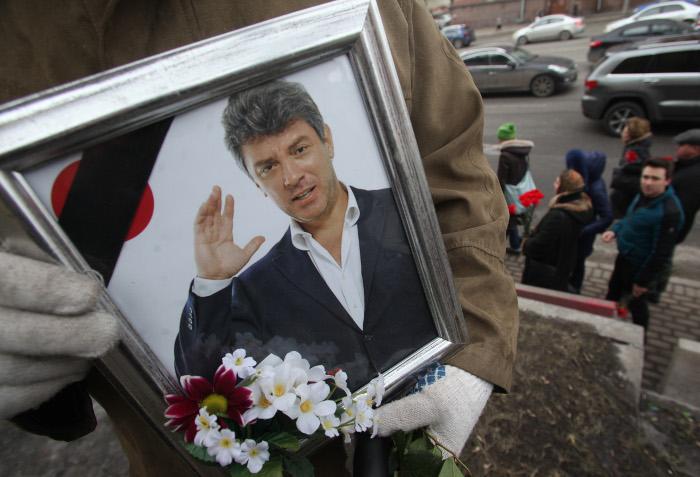 Защита подсудимых по делу об убийстве Немцова попросила присяжных оправдать их