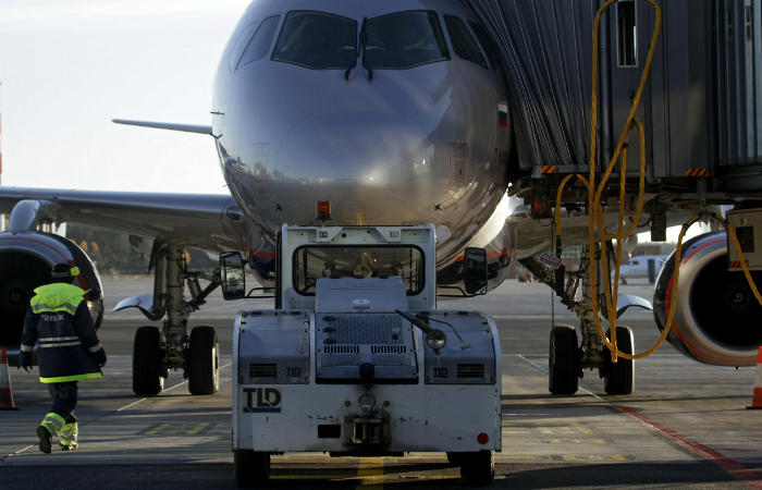 Задержанный ранее на двое суток авиарейс из Ханты-Мансийска в Москву вновь отложен