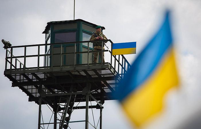 Руководитель МИДа Украины потребовал сделать систему оповещения оприезде граждан России