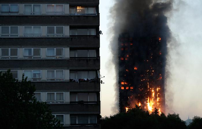 Джейми Оливер пообещал бесплатно накормить пострадавших при пожаре встолице Англии