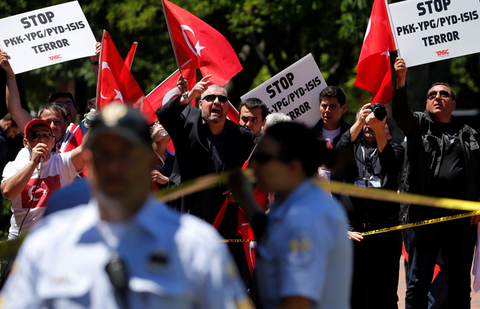 Полиция в США объявила в розыск охранников Эрдогана