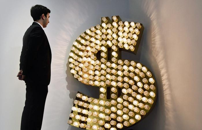Курс доллара превысил 60 рублей впервые со 2 февраля