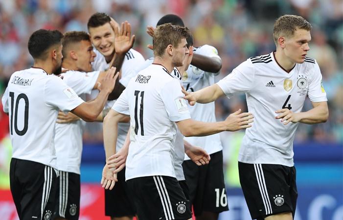 Португалия сыграет сЧили, Германия— сМексикой вполуфиналах Кубка конфедераций