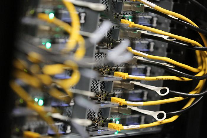 Масштабную хакерскую атаку на компании РФ и Украины устроили с помощью вируса Petya