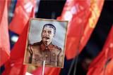 Сотрудники ВШЭ отказались от мероприятий МГЮА из-за мемориальной доски Сталину