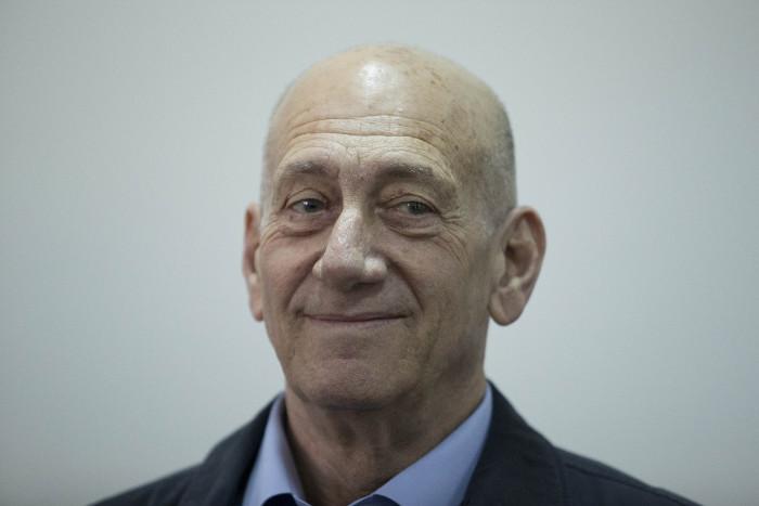 Бывший премьер Израиля досрочно вышел на свободу