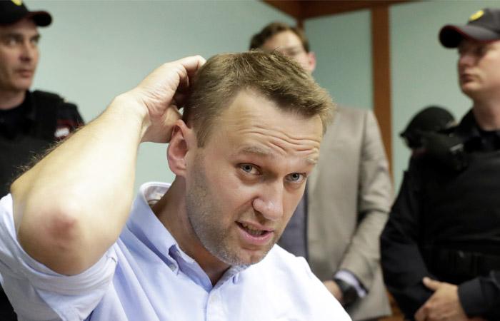 ФСИН предупредила Навального о возможности замены условного срока реальным