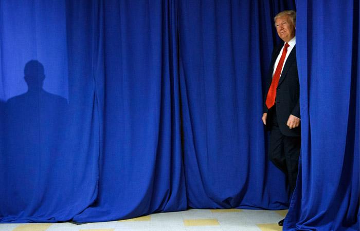 Песков рассказал подробности предстоящей встречи Путина и Трампа