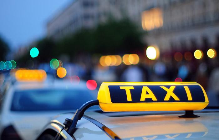 """Яндекс.Такси"" присоединило российский бизнес Uber"