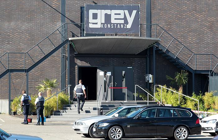 Полиция отвергла связь стрельбы в ночном клубе в Германии с терроризмом