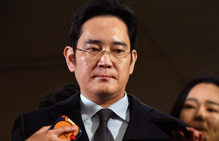 Прокуратура Южной Кореи потребовала для фактического главы Samsung 12 лет тюрьмы