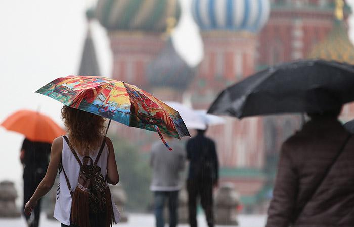 В понедельник в Москву придут грозы и шквалистый ветер