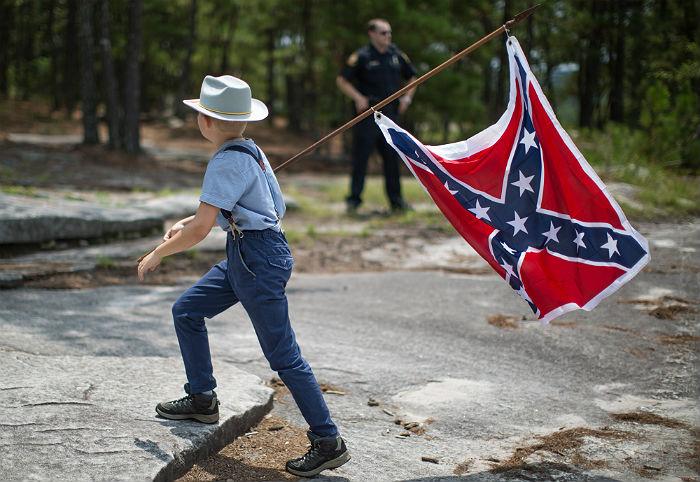 В Кентукки вслед за Виргинией решили избавиться от памятников конфедератам