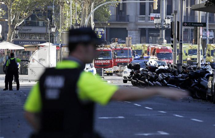 Теракт вБарселоне: один изпредполагаемых террористов убит