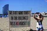 Европейцы стали уставать от большого наплыва туристов