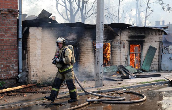 В МЧС назвали поджог свалки вероятной причиной пожара в Ростове-на-Дону