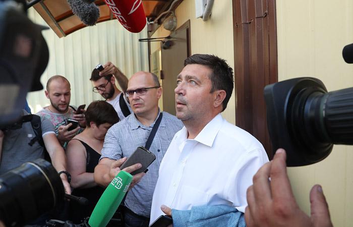 Кириллу Серебренникову предъявили обвинение в мошенничестве
