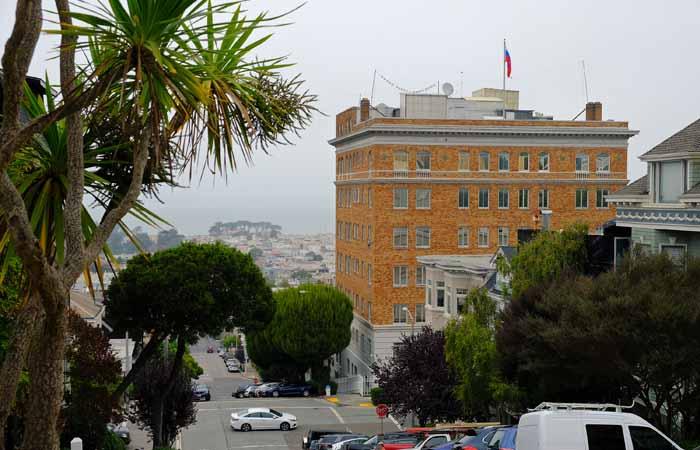 МИД РФ сообщил о намерении спецслужб США провести обыск в Генконсульстве в Сан-Франциско