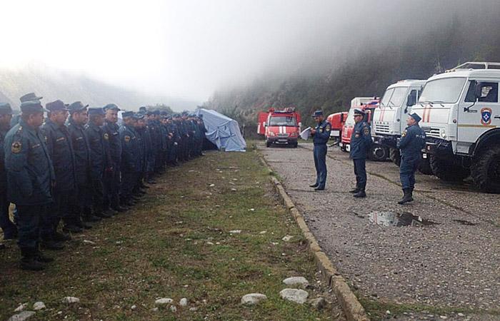 Вертолеты эвакуировали с Эльбруса больше 200 человек